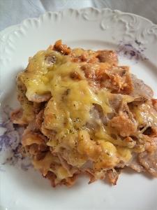 rezanci od heljde sa mlevenim mesom i sirom